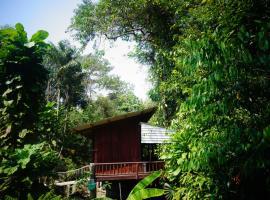 Wooden Hut Koh Kood, homestay in Ko Kood