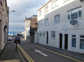 Gallowgate Square Apartments, apartment in Largs
