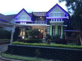 Eton Asia Kota Bunga Villas, villa in Puncak