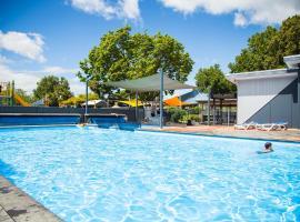 Hastings TOP 10 Holiday Park, hotel in Hastings