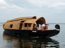 Soma Jyothi houseboats, boat in Alleppey