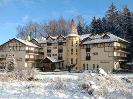 Nowa - Ski SPA Hotel, отель в Карпаче