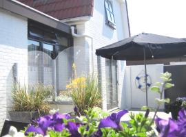 "The ""Beach-House"", self catering accommodation in Egmond aan Zee"