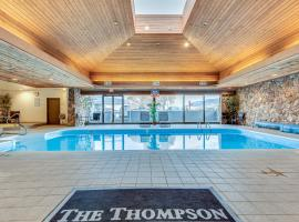 The Thompson Hotel, family hotel in Kamloops