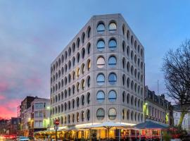 Best Western Premier Why Hotel, hotel near Coilliot House, Lille