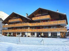 Luxurious Chalet in Zweisimmen near Ski Area, hotel in Zweisimmen
