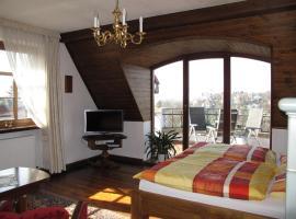 Ferienwohnung mit tollem Ausblick, Hotel in der Nähe von: Dresdner Elbtal, Dresden