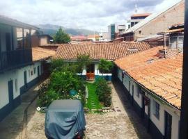 Hostal Los Rosales cusco, hotel near Wanchaq Train station, Cusco