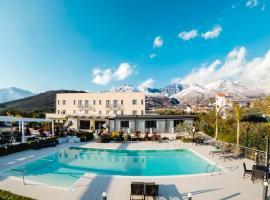 Kora Park Resort, hotel in Formia