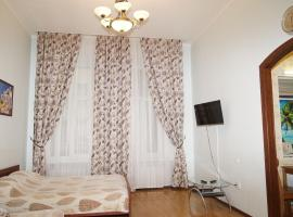 2-Bedroom apartment on Nevsky 65, hotel with jacuzzis in Saint Petersburg