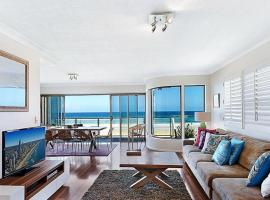Gold Coast Beachfront Mansion, pet-friendly hotel in Gold Coast