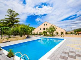 Villa Belvedere Lago Pergusa, hotel a Enna