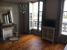 5 Quai de l'Abbé Grégoire, apartment in Blois