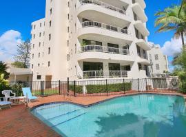 Oogarding, Unit 11 - 46 Warne Terrace, hotel in Caloundra