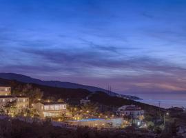 Karras Star Hotel, ξενοδοχείο στον Εύδηλο