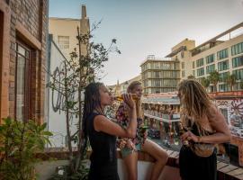 Long Street Backpackers, hostel in Cape Town