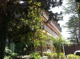 Грин Клаб Отель , отель в Сочи