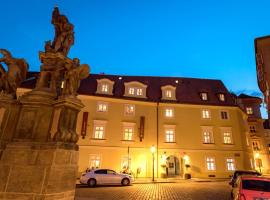 Old Royal Post Hotel, hotel near St. Vitus Cathedral, Prague