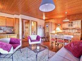 Bel appartement au centre de Champéry avec vue, hotel in Champéry