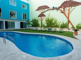 Hotel Playa Encantada, hotel in Playa del Carmen