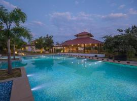 Tuli Veer Bagh Resort, hotel with pools in Nagpur
