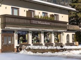Restaurant Gästehaus Wiesenheim, homestay in Uderns