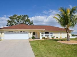 Villa Harmonie, holiday rental in Cape Coral