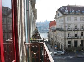 Santo da Casa / Sc apartments, căn hộ ở Porto