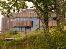 Naturum Vänerskärgården - Victoriahuset, hotel in Lidköping