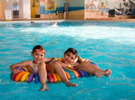 Newquay Bay Resort, glamping site in Newquay
