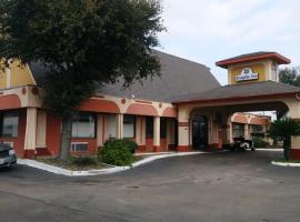 Knights Inn San Antonio near AT&T Center, motel in San Antonio
