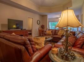 Green Mountain Grand Condo, apartment in Branson