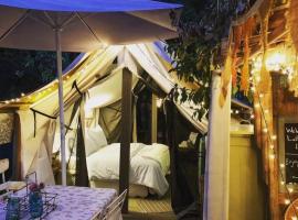 La Boheme Living, luxury tent in Los Angeles