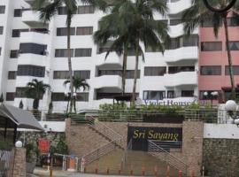 The Barn private home @ Sri Sayang Apartment, apartment in Batu Ferringhi