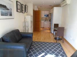 Ocean Village 2 bedroom apartment, hotel in Gibraltar