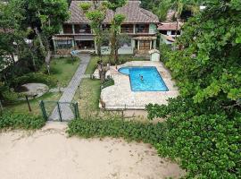 Casarão Villa al Mare, guest house in Ubatuba