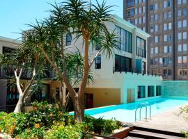 Design City Centre Apartment (2 Bedrooms), apartment in Cape Town
