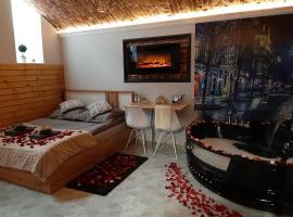 UNDERGROUND Jacuzzi Rooms, hotel in Krakow