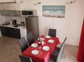 Apartments Maris, self catering accommodation in Rogoznica