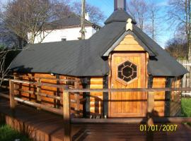 The Hobbit House, hotel near Ben Nevis Whisky Distillery, Fort William