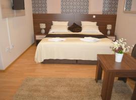 HOTEL MINERO, hotel near Tuzla International Airport - TZL, Tuzla