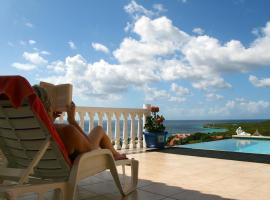 Villa zeezicht Curacao, villa in Willibrordus