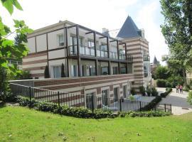 Superbe Deux pièces Vue Mer avec jardin, apartment in Trouville-sur-Mer