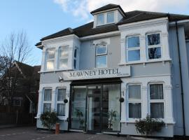 The Mawney Hotel, hotel in Romford
