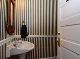 Bewitched and Bedazzled Bed and Breakfast, vacation rental in Rehoboth Beach