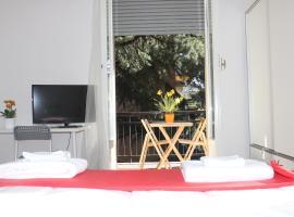 Lotus B&B, hotel in Milan