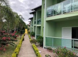 Paraíso do Santinho Apartamentos, hotel near Morro das Aranhas (Spiders Hill), Florianópolis