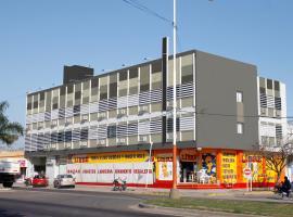 Hotel Ychoalay Caz Spa & Fitness, hotel en Reconquista