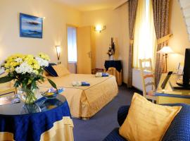 Les Reflets Jaunes, hotel in Givet