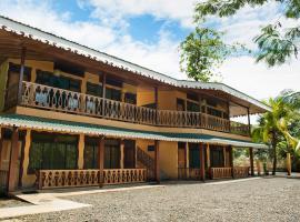 Hotel Sunshine Caribe, hotel in Puerto Viejo
